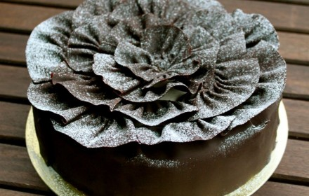 Feuille d'automne: chestnut cream and chocolate